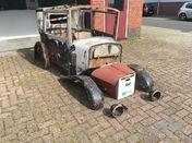 1926 Austin Seven two door saloon bodywork