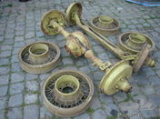 4 wire wheels from a Buick 1931 with front axle and rear axle