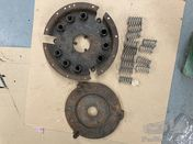 Alfa Romeo 6C 2500/2300: clutch, early type with single springs