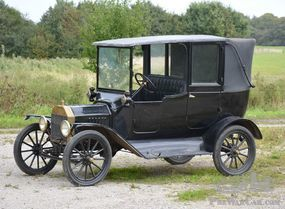 Very rare 1915 Ford Model T Towncar