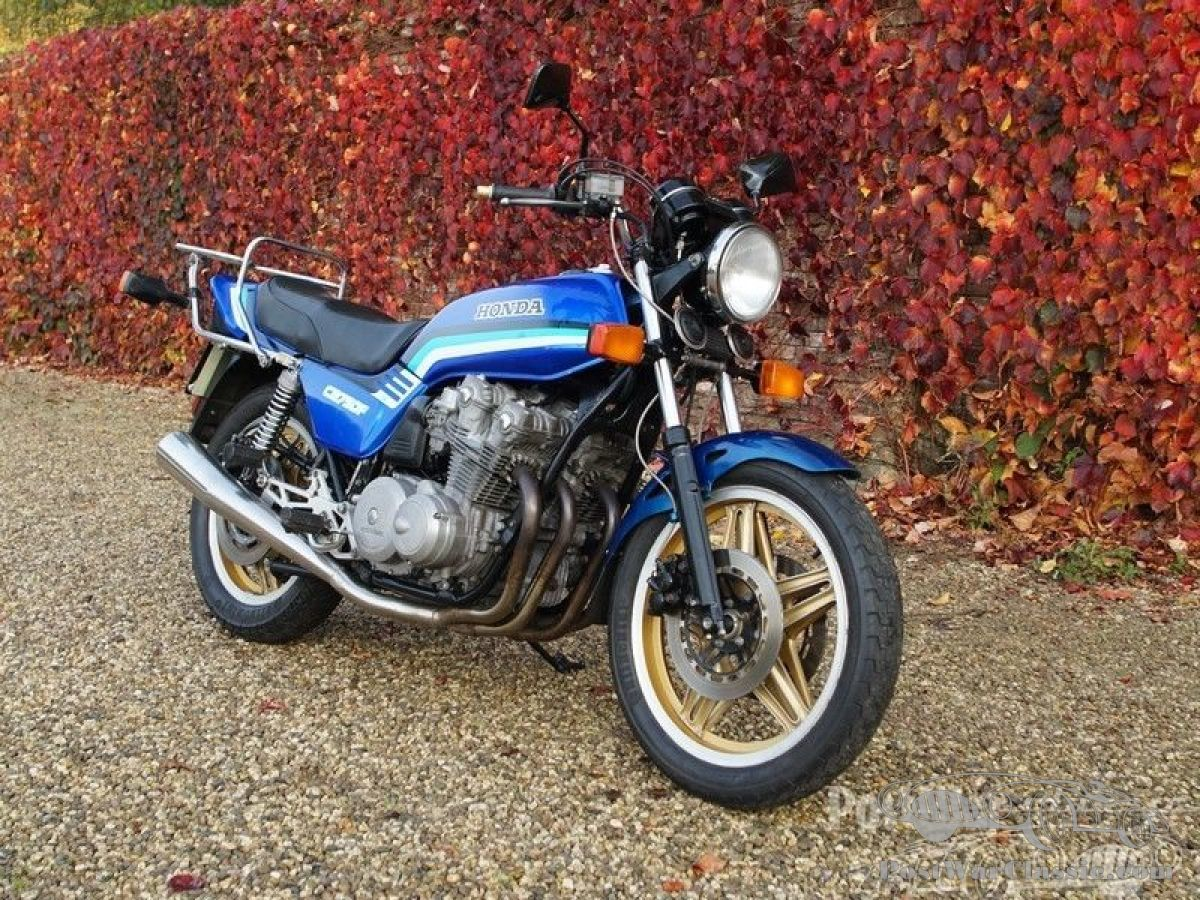 Motorbike Honda CB 750F 1983 for sale - PostWarClassic