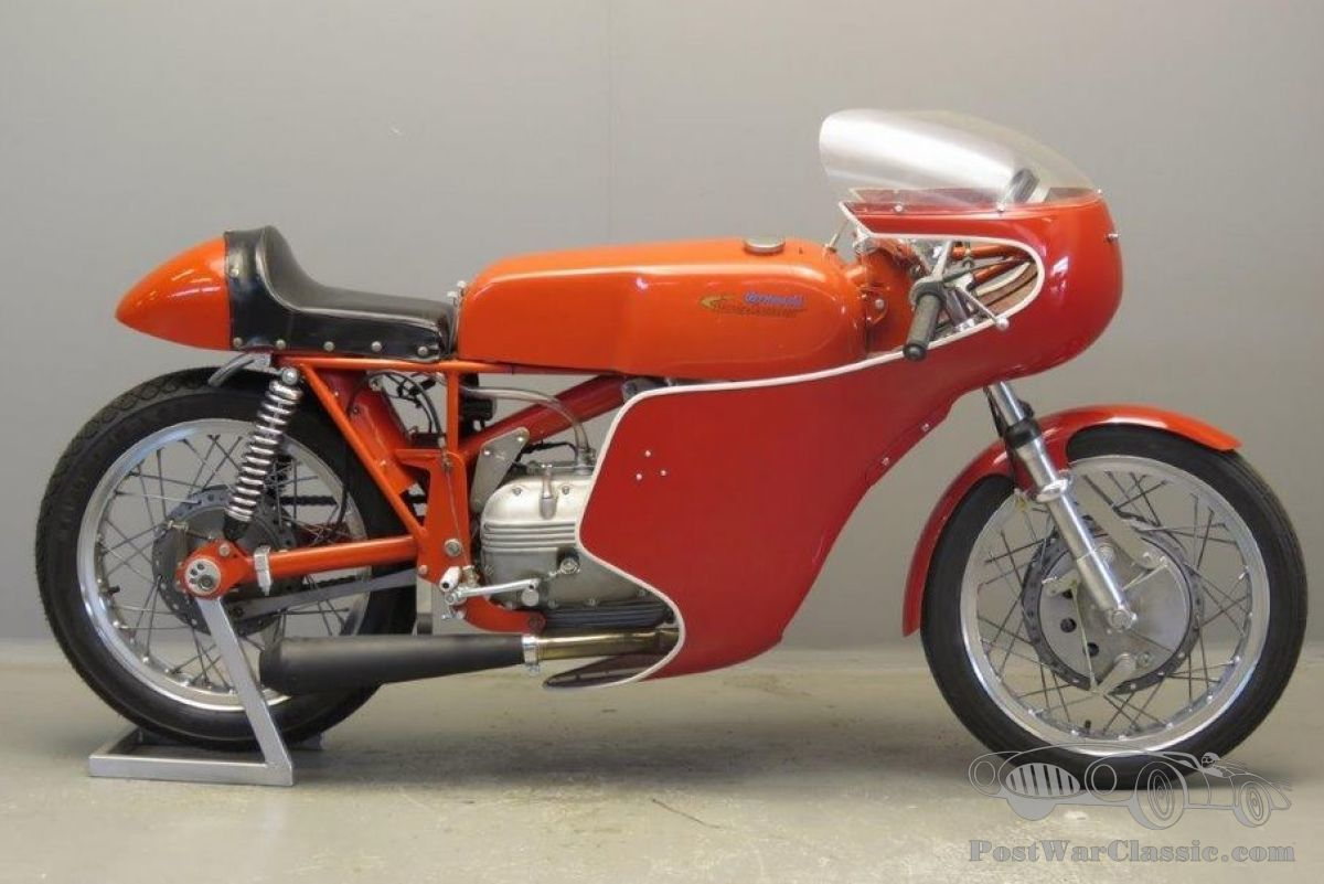 Aermacchi / Harley-Davidson 250 cc OHV racer